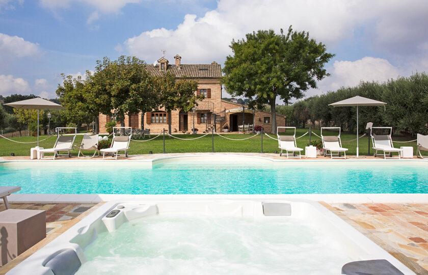 02bis_private_villa_swimming pool_marche_senigallia_for rent01